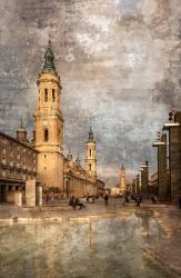 Fotografía vertical de la plaza del Pilar de zaragoza nº01