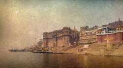 Fotografía panorámica del Río Ganges en Varanasi (antiguo Benarés), India nº13