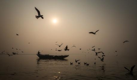 Fotografía panorámica amanecer Río Ganges en Varanasi (antiguo Benarés), India nº05