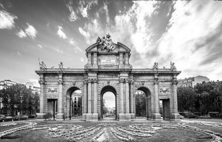 Imagen de la Puerta de Alcalá de Madrid nº01 B&N