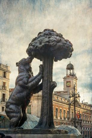 Imagen de la estatua del Oso y el Madroño Madrid nº02