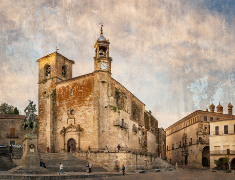Fotografía horizontal de la Iglesia Parroquial de San Martín de Trujillo, Cáceres nº01