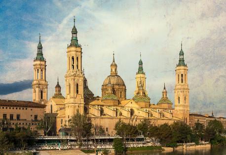 Fotografía horizontal de la Basílica de Nuestra Señora del Pilar de Zaragoza nº01